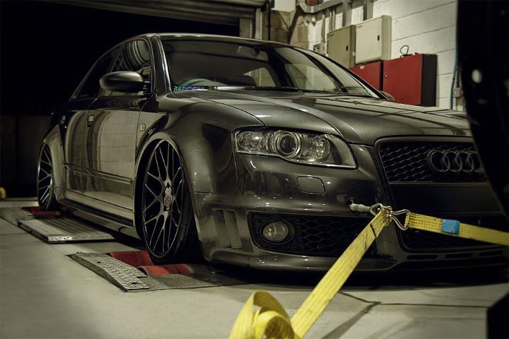 Air Lift Performance Kit Installed on Audi A4 RS4