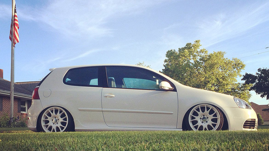 Air Lift Performance Kit Installed on VW Golf MK5/MK6 (4)