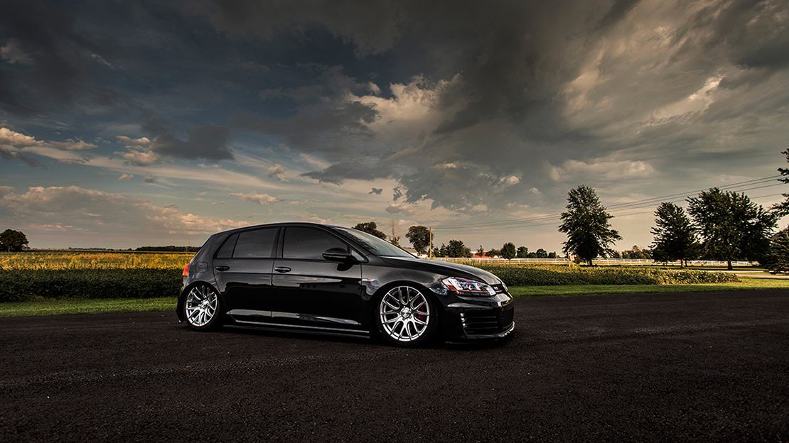 Air Lift Performance Kit Installed on VW Golf MK7 (3)