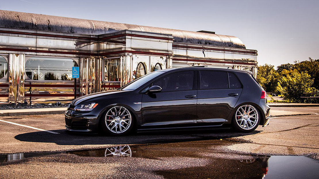 Air Lift Performance Kit Installed on VW Golf MK7 (5)