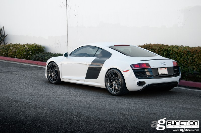 Avant Garde F310 Wheels Audi R8 Driver Side