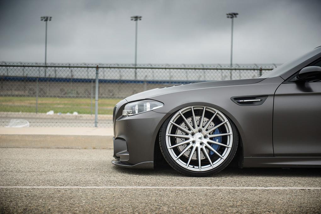 Avant Garde M615 Machine Silver on BMW F10 M5 (3)