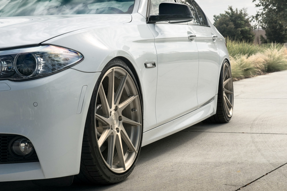 Avant Garde M621 Wheels in Brushed Champagne (2)