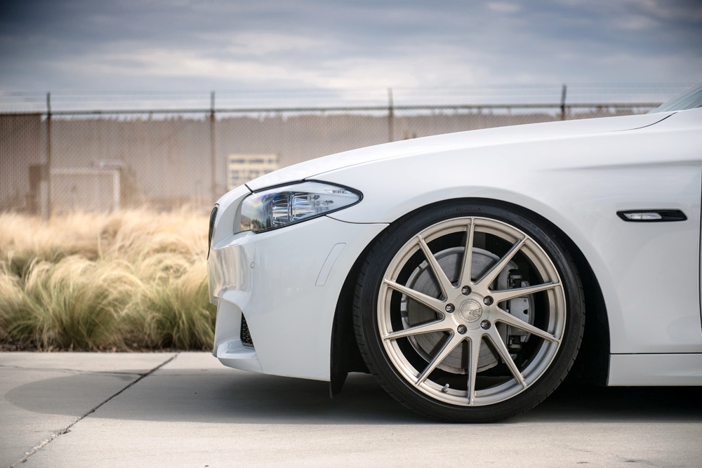 Avant Garde M621 Wheels in Brushed Champagne
