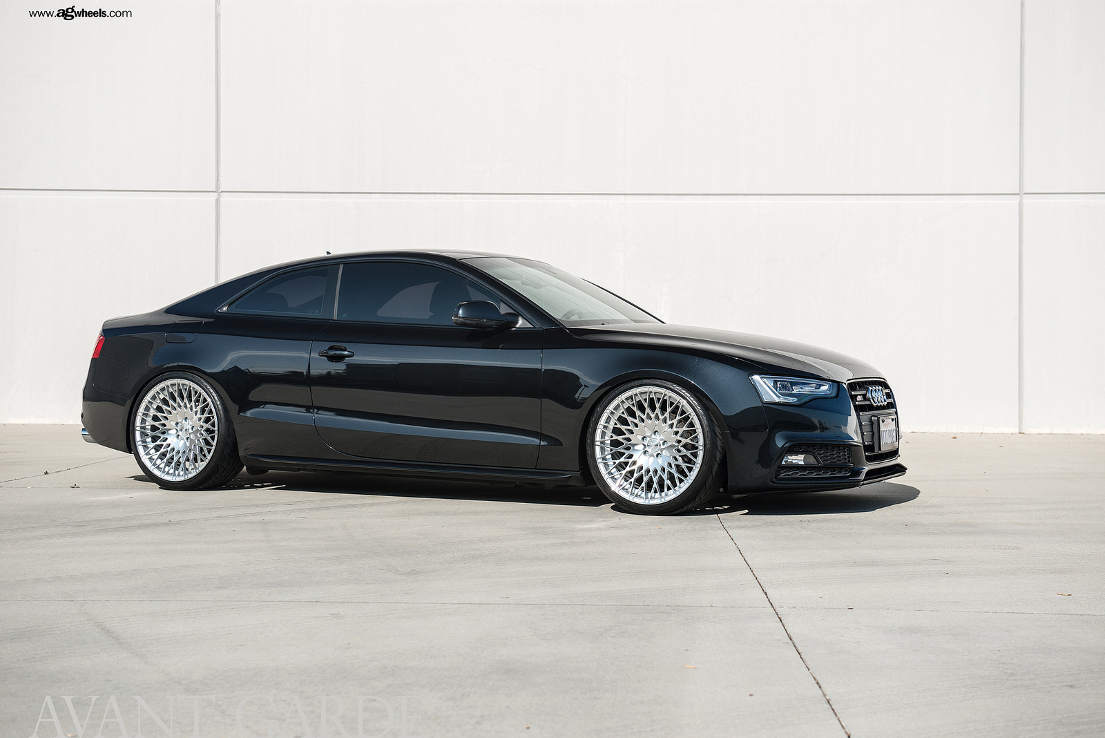 Avant Garde M540 20x10 et+25 Machine Silver on Audi A5