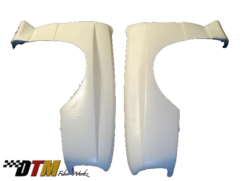 DTM Fiber Werkz BMW E30 EVO R Style Widebody Front Fenders Unmounted 1