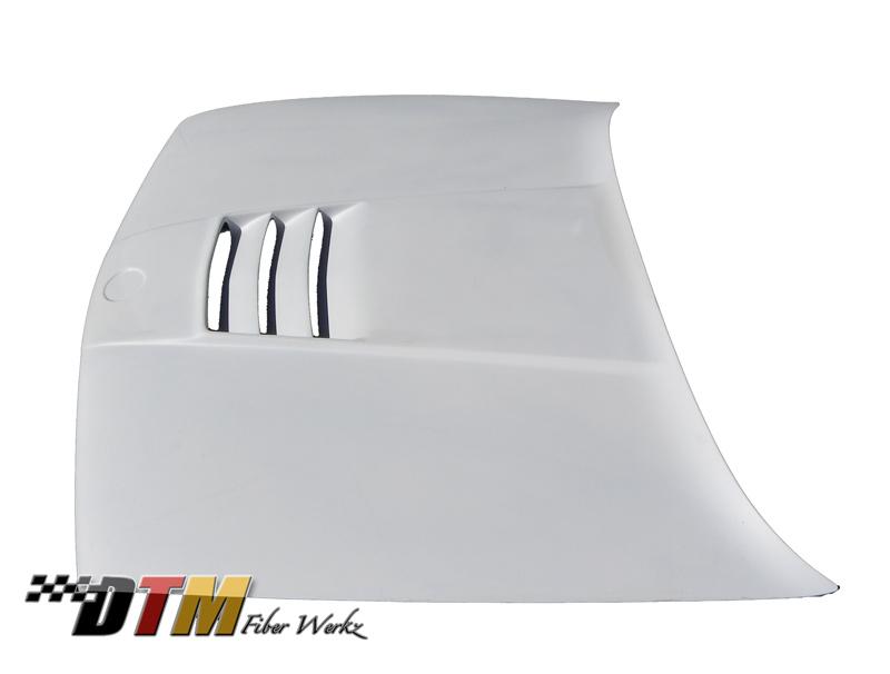 DTM Fiber Werkz BMW E30 M1 Style Vented Hood View 3