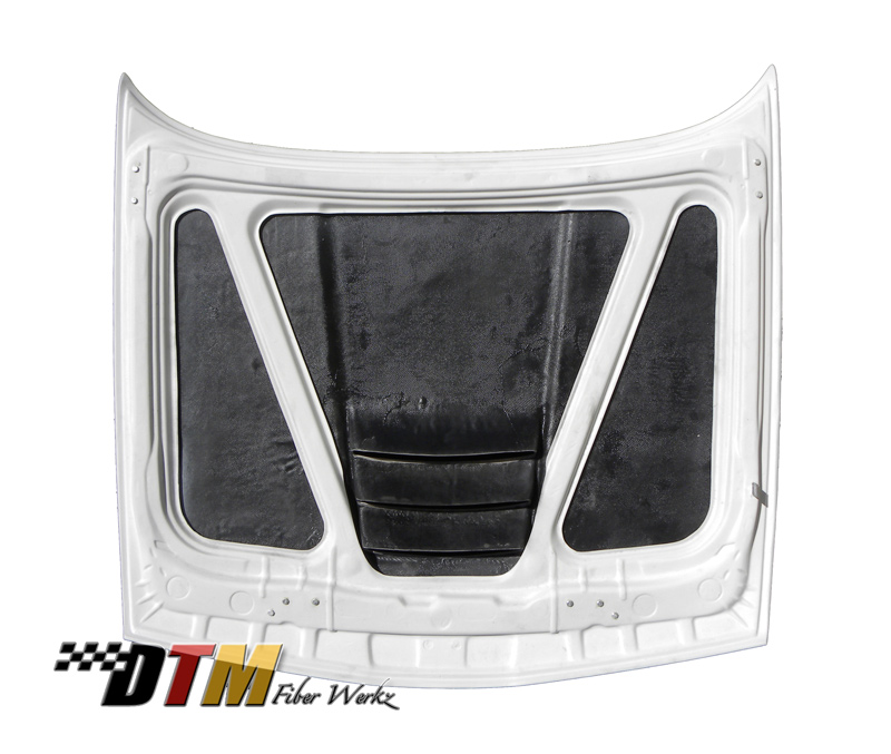 DTM Fiber Werkz BMW E30 M1 Style Vented Hood View 4