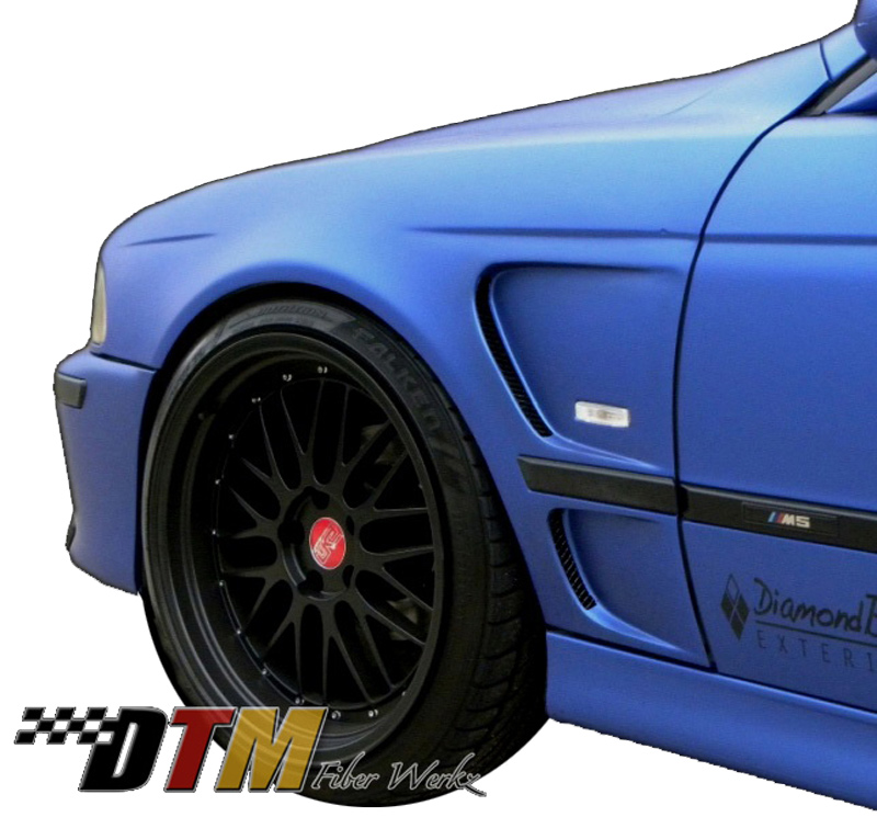 DTM Fiber Werkz BMW E39 Vented Front Fenders