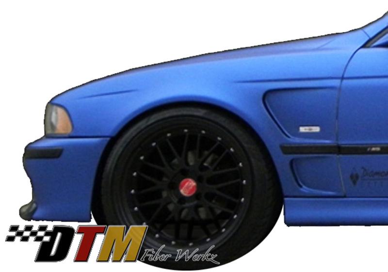 DTM Fiber Werkz BMW E39 Vented Front Fenders 2