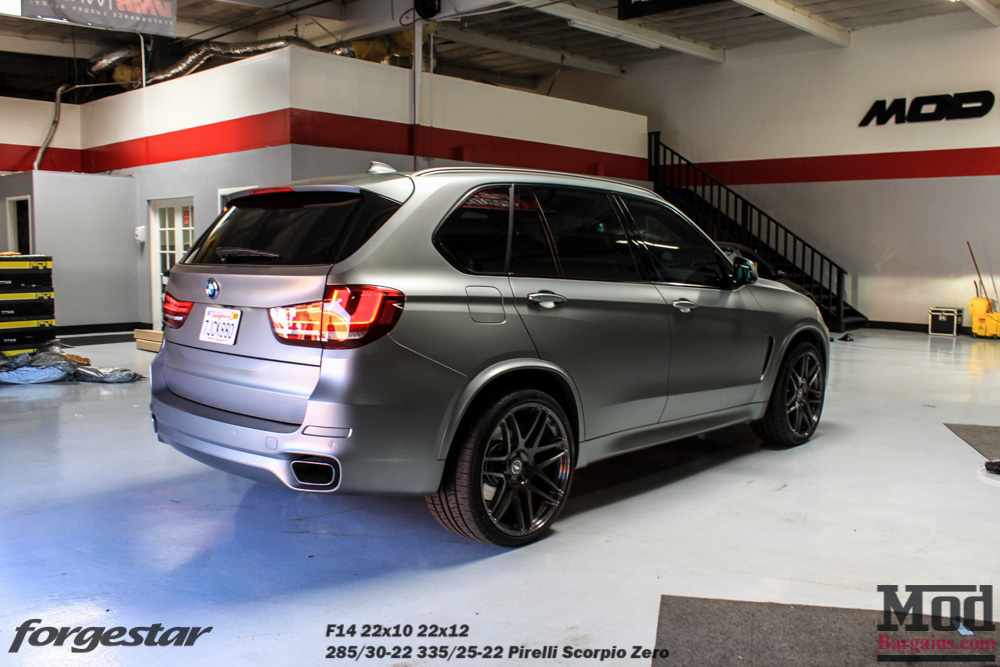 Forgestar F14 Wheels for BMW 22in 5x120mm on F15 BMW X5 22x10 22x12 Gunmetal
