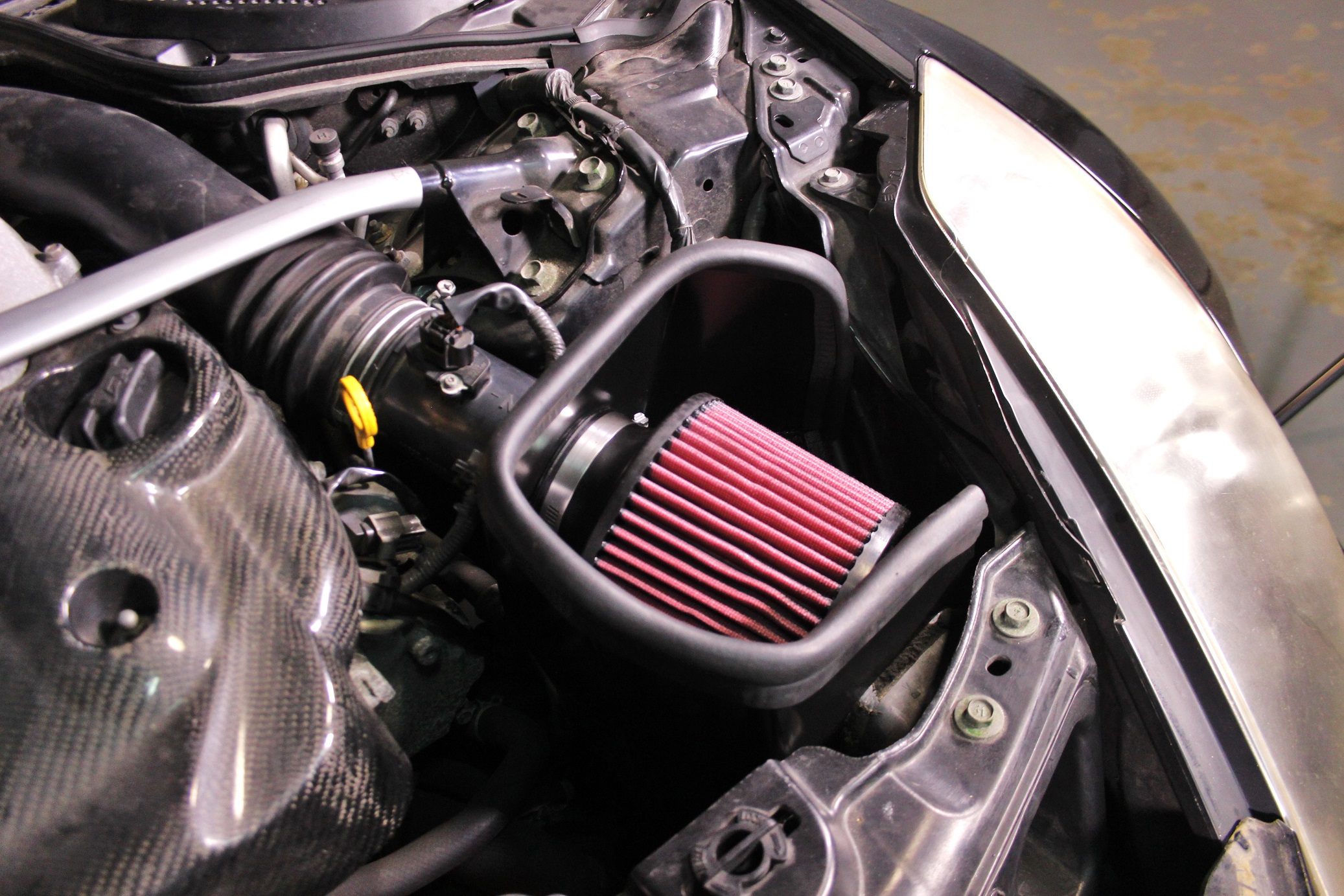 Mishimoto Performance Air Intake for 2003-06 Nissan 350Z [MMAI-350Z-03H]