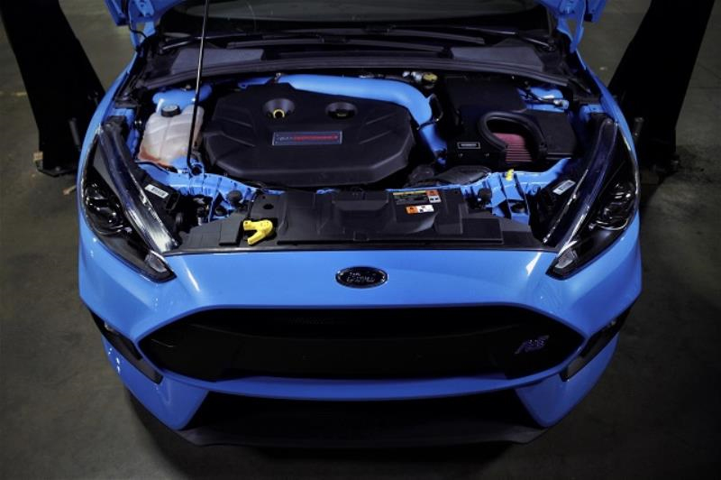 Mishimoto Air Intake Installed on Ford Focus RS (4)