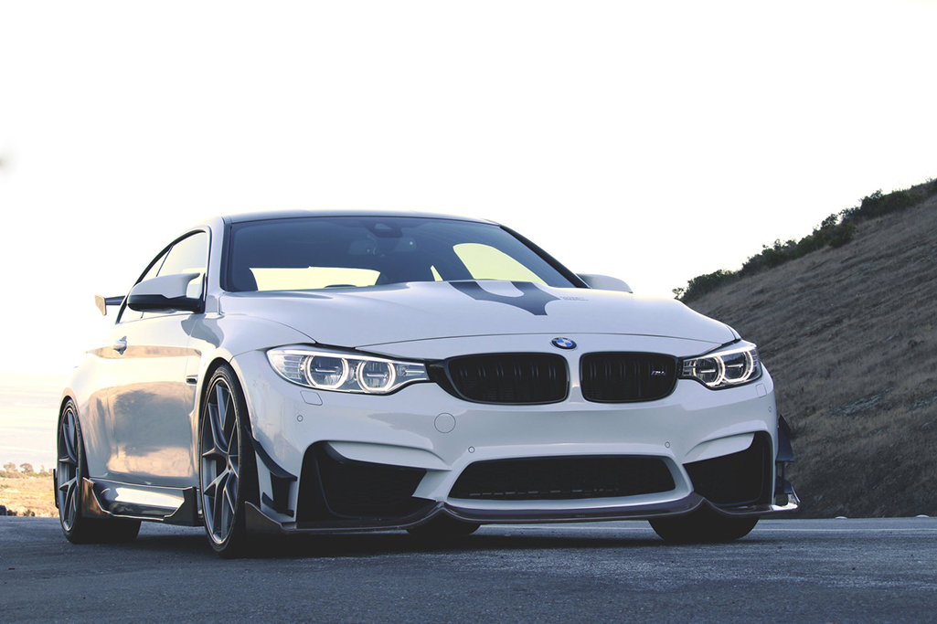 BMW M4 F82 w/ Fang Type 2 Kit & GT Series