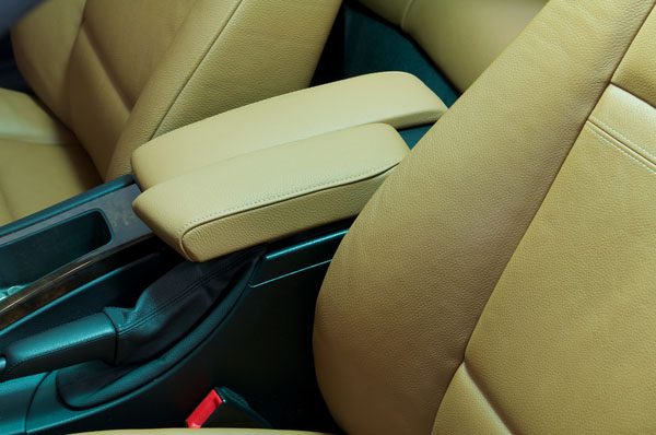 Arm-rest Splitters for your BMW