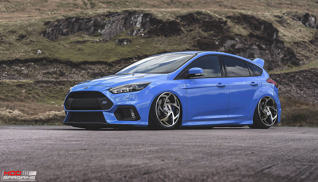 Radi8 R8S5 Wheels Installed on Ford Focus RS