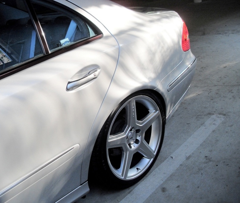Mercedes-Benz E Class Style Wheels Rear Driver View