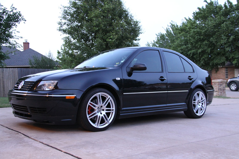 Audi RS4 Style Wheels Hyper Silver on VW Jetta