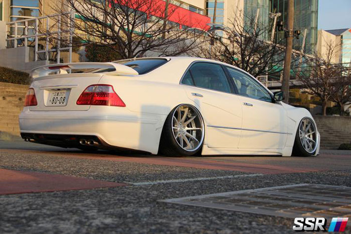 SSR Wheels Executor CV01 Toyota Crown