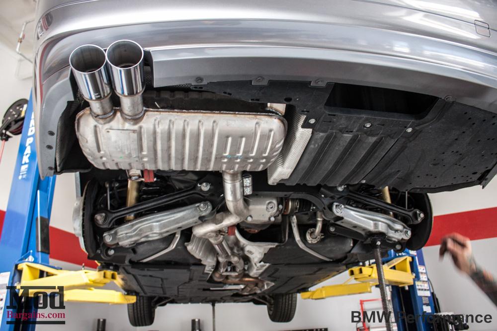 BMW Performance Exhaust for 200713 BMW 325i328i330i335i E90
