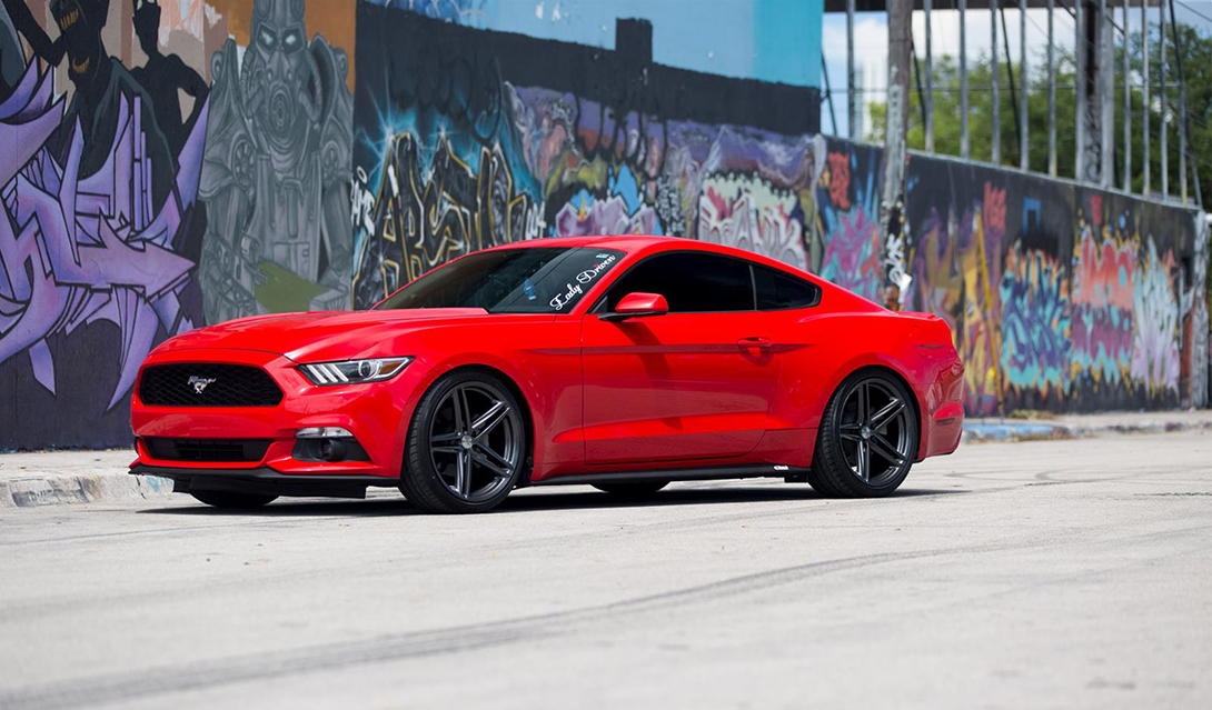 Vossen VFS-5 Installed on Ford Mustang