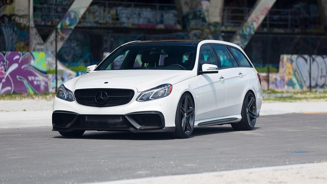 Vossen VFS-5 Wheels in Silver Metallic Installed on Mercedes Benz