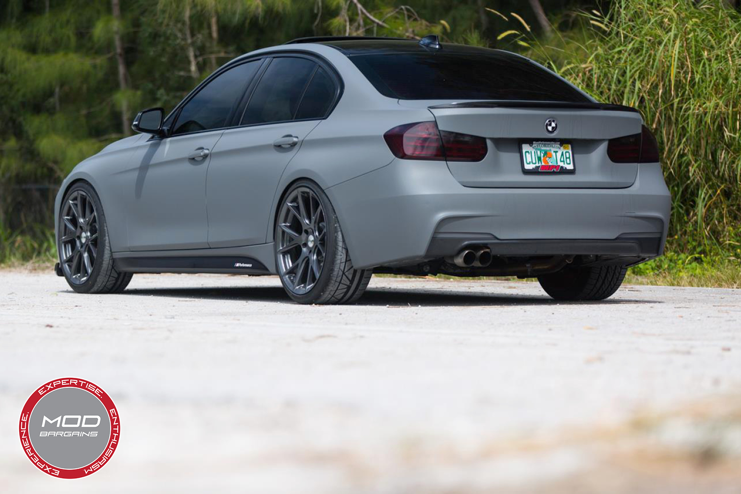 Vossen 20-inch Gloss Graphite VFS6 Wheel Installed BMW F80 M3 3/4 Rear View