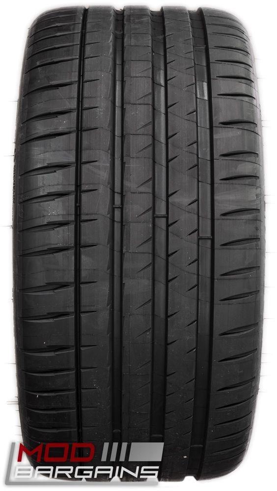 Michelin Pilot Sport 4 S Tire Tread